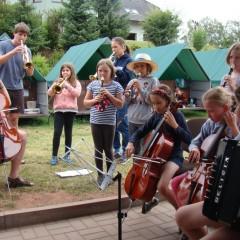 Hrajeme a zpíváme…