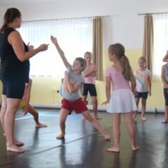 Tančíme nesMÍRně… vesMÍR!?